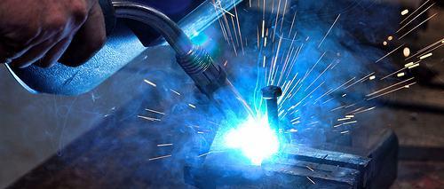 1361135135_welding